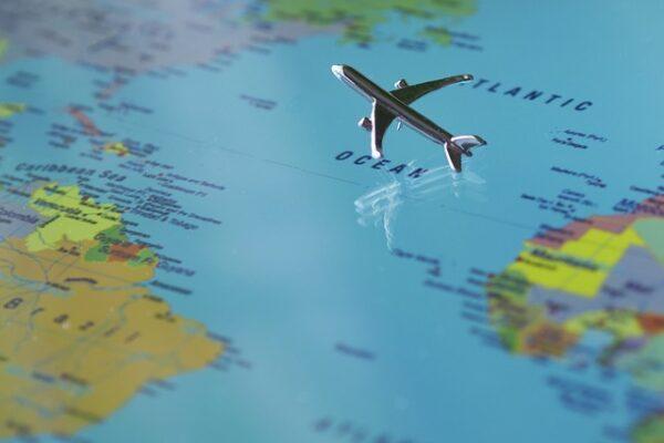 Flytning til udlandet – dét skal du huske af det juridiske