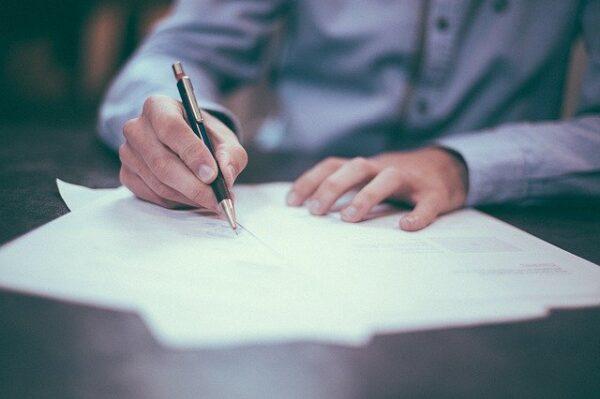 Sådan optimerer du din virksomheds kontrakthåndtering