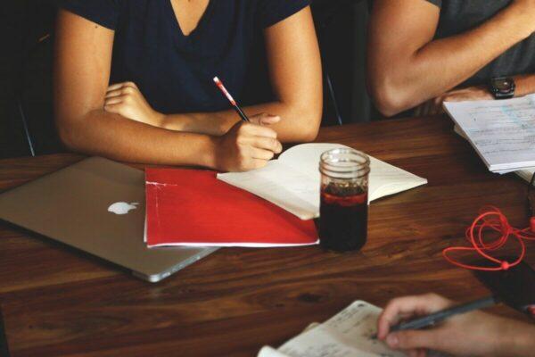 Spar tid på arbejdspladsvurderinger