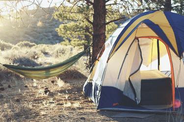 Sådan kan en campingferie i Danmark redde din sommerferie
